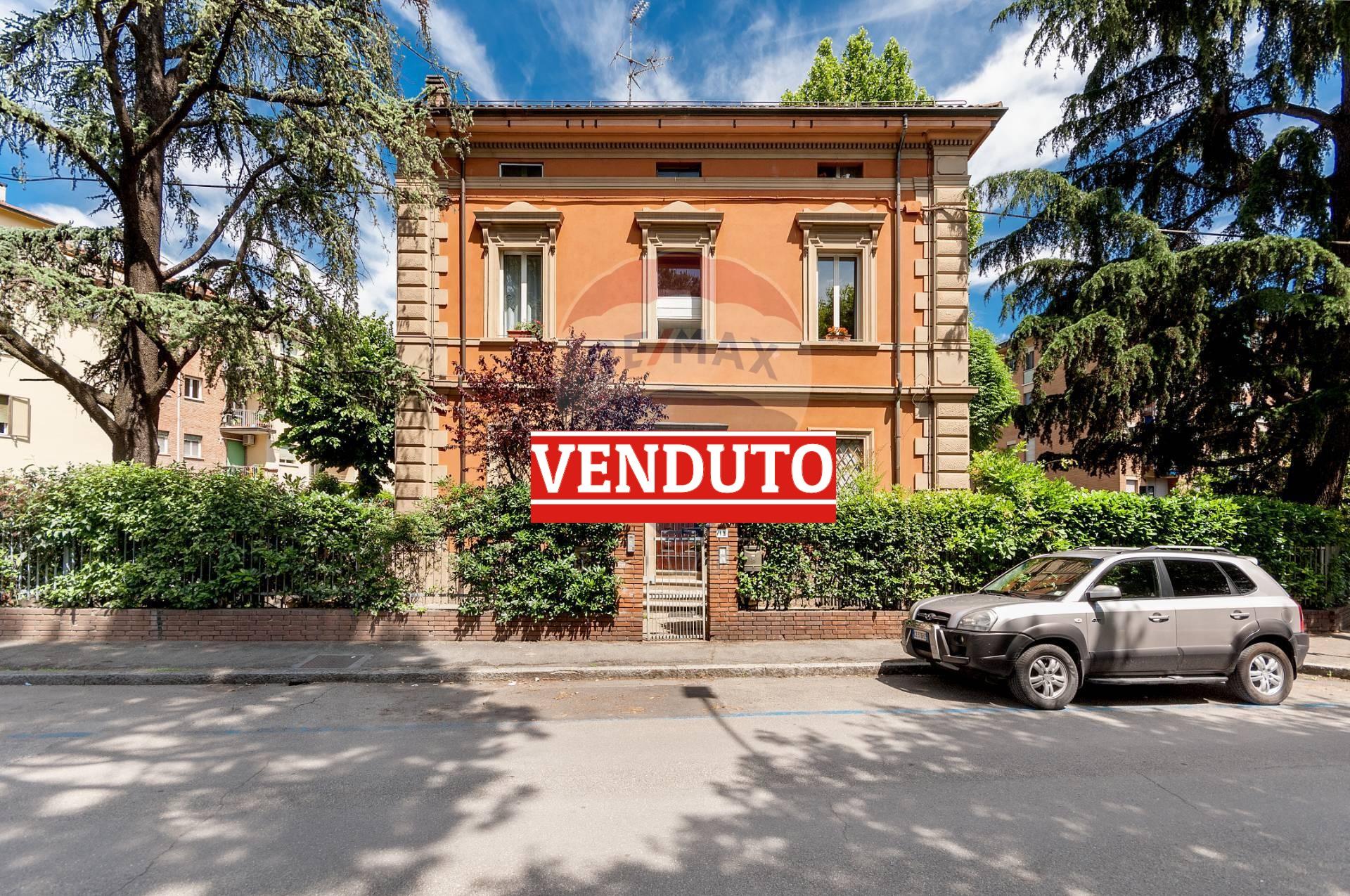Appartamento in vendita Zona Centro Storico - Massarenti Bologna