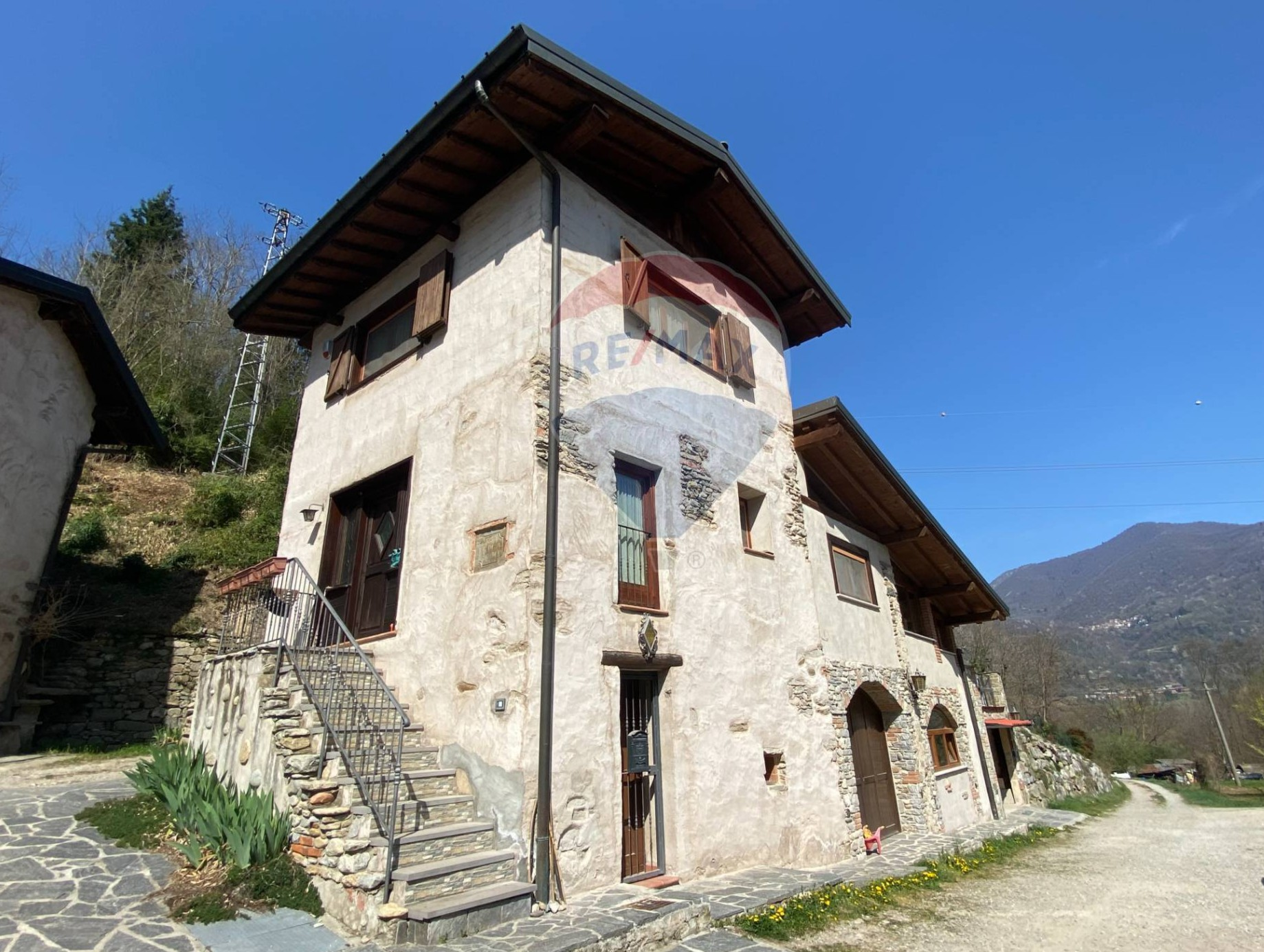 Vendita Casa Indipendente Casa/Villa Azzio 239579